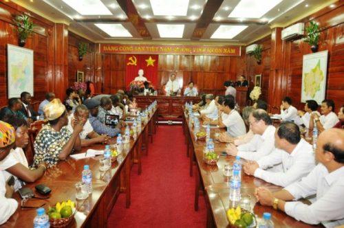 Toàn cảnh buổi làm việc của Đoàn Cộng hòa Bờ Biển Nga với tỉnh Bình Phước